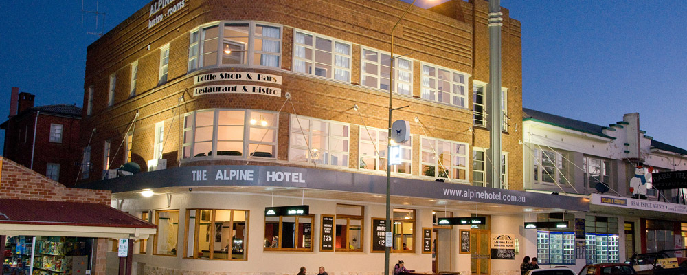 alpine hotel cooma exterior