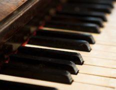 alfred-piano